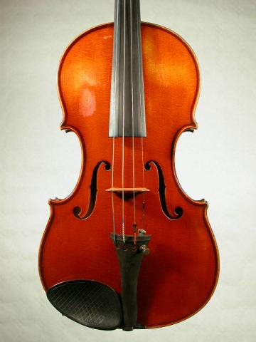 ITALIAN VIOLIN C. 1920, More Informations...
