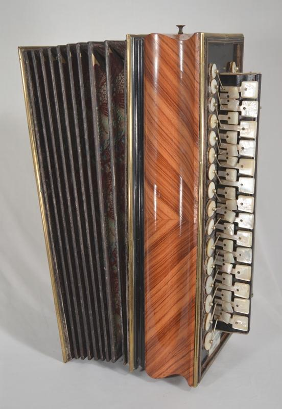 ACCORDION  or  FLUTINA  BY  BOULLAY, More Informations...