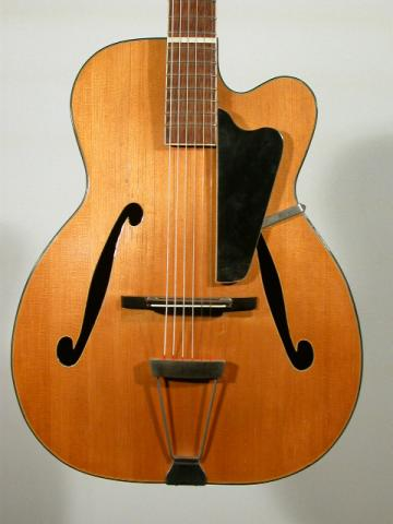 GUITARE  ARCHTOP HOHNER, Plus d'infos...