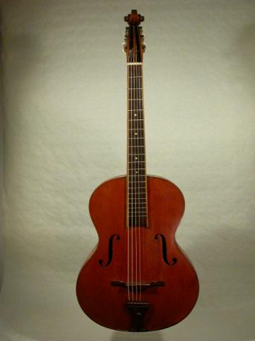 GUITAR BY  ARALDO DE BERNARDINI  NICE 1943, More Informations...