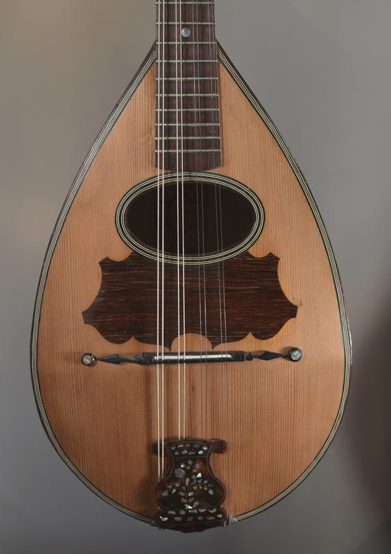 MANDOLIN FRATELLI CALACE, More Informations...