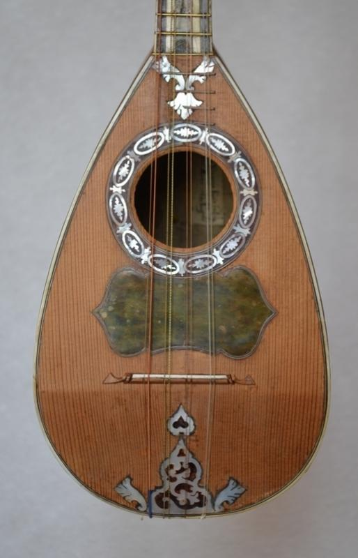MANDOLIN BY ANTONIO VINACCIA NAPOLI 1784, More Informations...