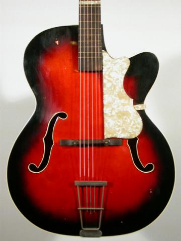 ARCHTOP JAZZ GUITAR , More Informations...